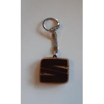 Kľúčenka drevená Seat